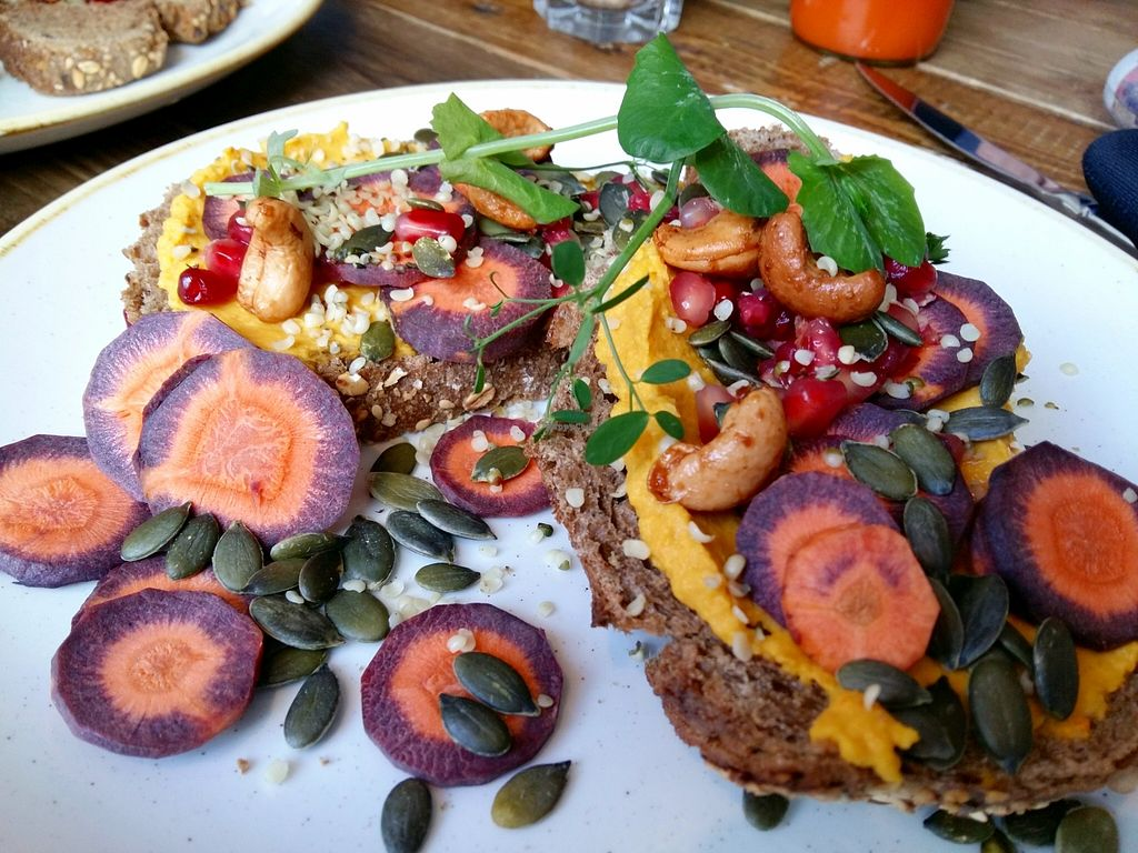 """Photo of By Lima  by <a href=""""/members/profile/Gudrun"""">Gudrun</a> <br/>A vegan sandwich <br/> January 31, 2016  - <a href='/contact/abuse/image/68406/134321'>Report</a>"""