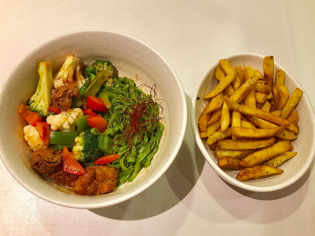 """Photo of GroVe - Punggol  by <a href=""""/members/profile/CherylQuincy"""">CherylQuincy</a> <br/>Dry Tomato Spinach Noodles and Truffle fries <br/> February 9, 2018  - <a href='/contact/abuse/image/68409/356722'>Report</a>"""