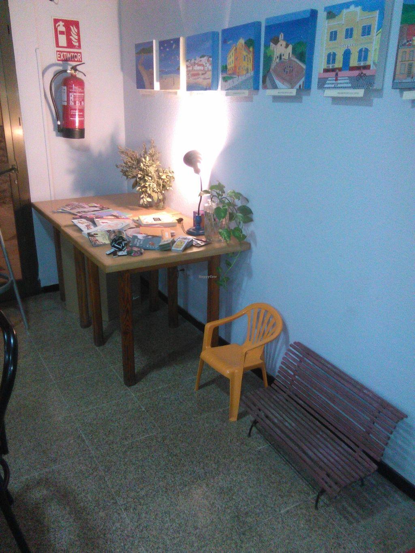Photo of Festuk Cafe  by festuk <br/>Rincón de lectura, juegos para niños <br/> January 21, 2016  - <a href='/contact/abuse/image/68479/133226'>Report</a>