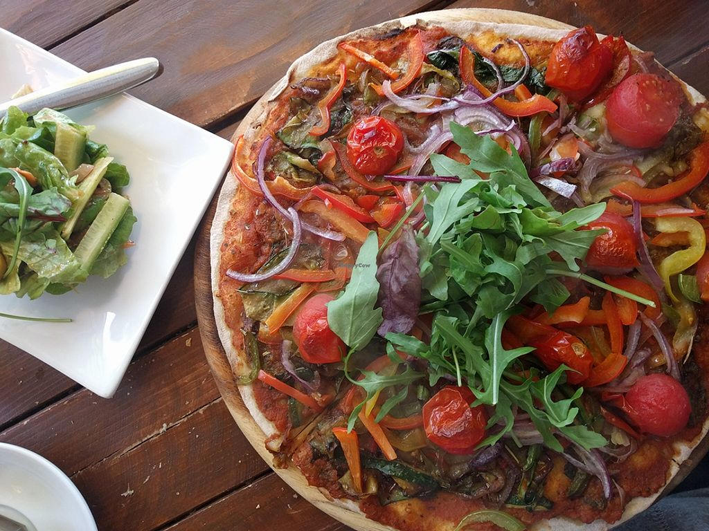 """Photo of Etz Cafe  by <a href=""""/members/profile/The%20Hungry%20Vegan"""">The Hungry Vegan</a> <br/>Vegan Pizza <br/> January 20, 2016  - <a href='/contact/abuse/image/68526/133168'>Report</a>"""