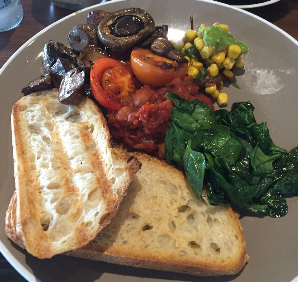 """Photo of CLOSED: Feather and Docks   by <a href=""""/members/profile/Wednesday25"""">Wednesday25</a> <br/>came for the hot breakfast, got exactly that and not disappointed.  <br/> June 5, 2016  - <a href='/contact/abuse/image/68561/254321'>Report</a>"""