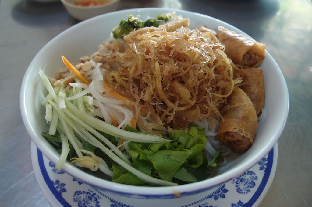 Photo of Oanh  by Vegreg <br/>Bun Cha Gio (before mixing!) <br/> January 23, 2016  - <a href='/contact/abuse/image/68596/133370'>Report</a>