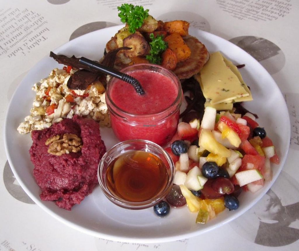 """Photo of Hannesarholt  by <a href=""""/members/profile/missLape"""">missLape</a> <br/>vegan brunch on weekends <br/> January 23, 2016  - <a href='/contact/abuse/image/68652/133424'>Report</a>"""