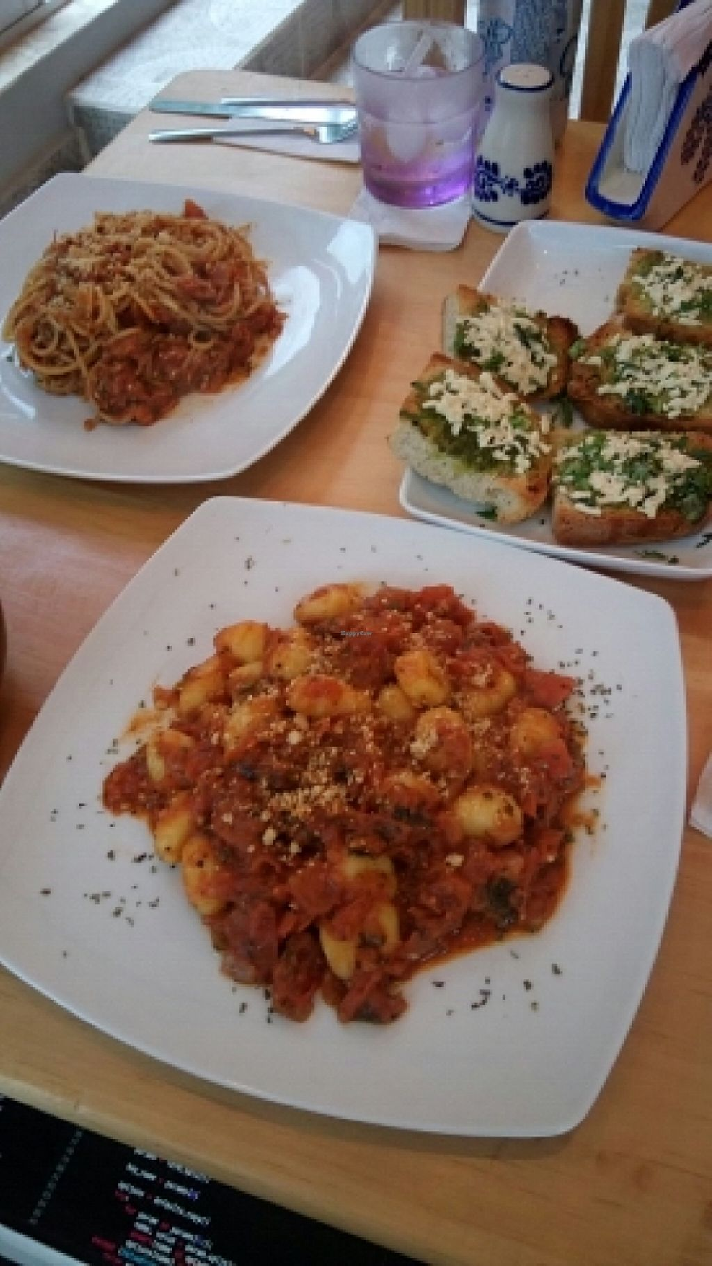 """Photo of CLOSED: Mashke Vegan Bar  by <a href=""""/members/profile/alicus"""">alicus</a> <br/>Gnocci, Spaghetti and Garlic Bread <br/> January 24, 2016  - <a href='/contact/abuse/image/68670/186192'>Report</a>"""