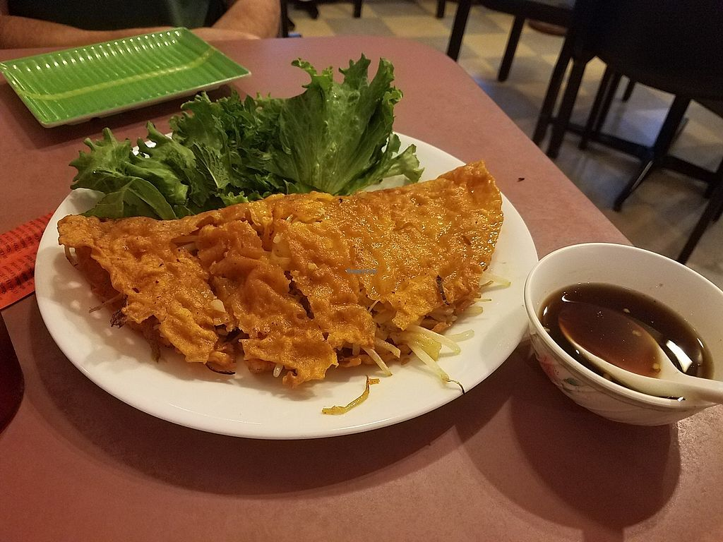 """Photo of Bahn Mi So  by <a href=""""/members/profile/fondducoeur"""">fondducoeur</a> <br/>Fried crepe with veggies <br/> August 4, 2017  - <a href='/contact/abuse/image/68704/288733'>Report</a>"""