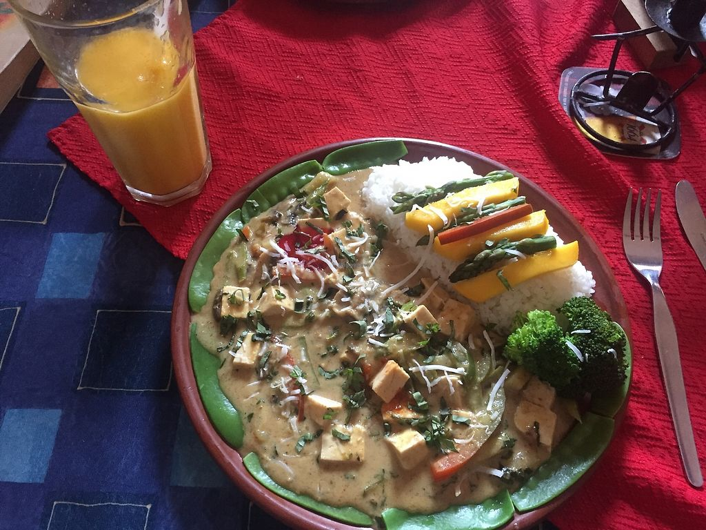 """Photo of Chilli Heaven  by <a href=""""/members/profile/joegelay"""">joegelay</a> <br/>Thai yellow (or maybe it was green?) curry and mango drink! All vegan.  <br/> December 20, 2017  - <a href='/contact/abuse/image/68953/337387'>Report</a>"""