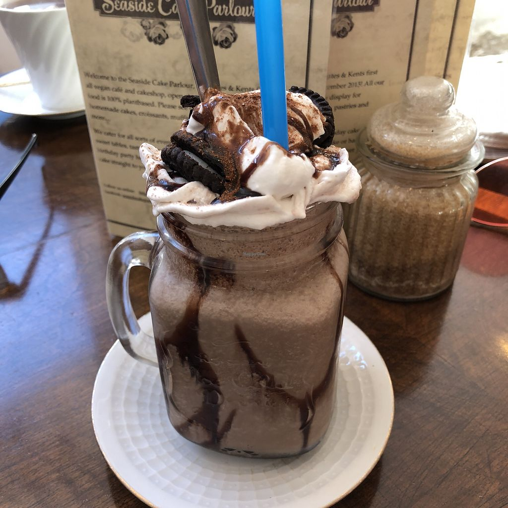 "Photo of Seaside Cake Parlour  by <a href=""/members/profile/TARAMCDONALD"">TARAMCDONALD</a> <br/>Oreo milkshake. Amazing!!!!  <br/> April 19, 2018  - <a href='/contact/abuse/image/69071/388242'>Report</a>"