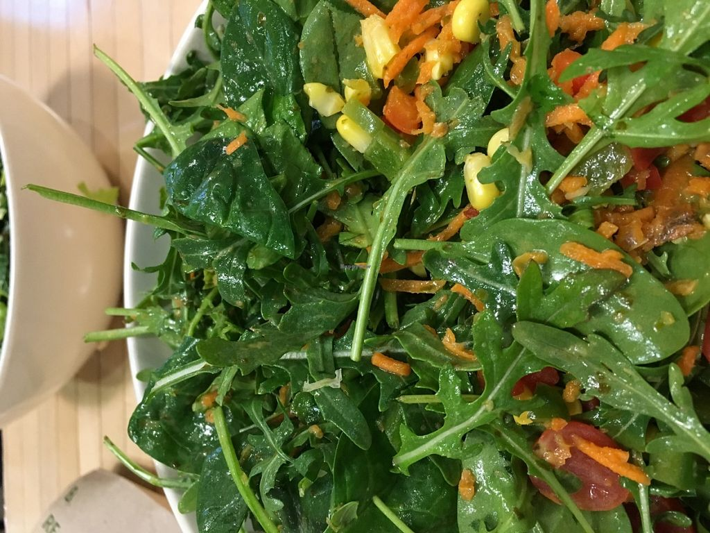 """Photo of sweetgreen  by <a href=""""/members/profile/cookiem"""">cookiem</a> <br/>Arugula base for make-your-own salad <br/> June 5, 2016  - <a href='/contact/abuse/image/69102/152375'>Report</a>"""