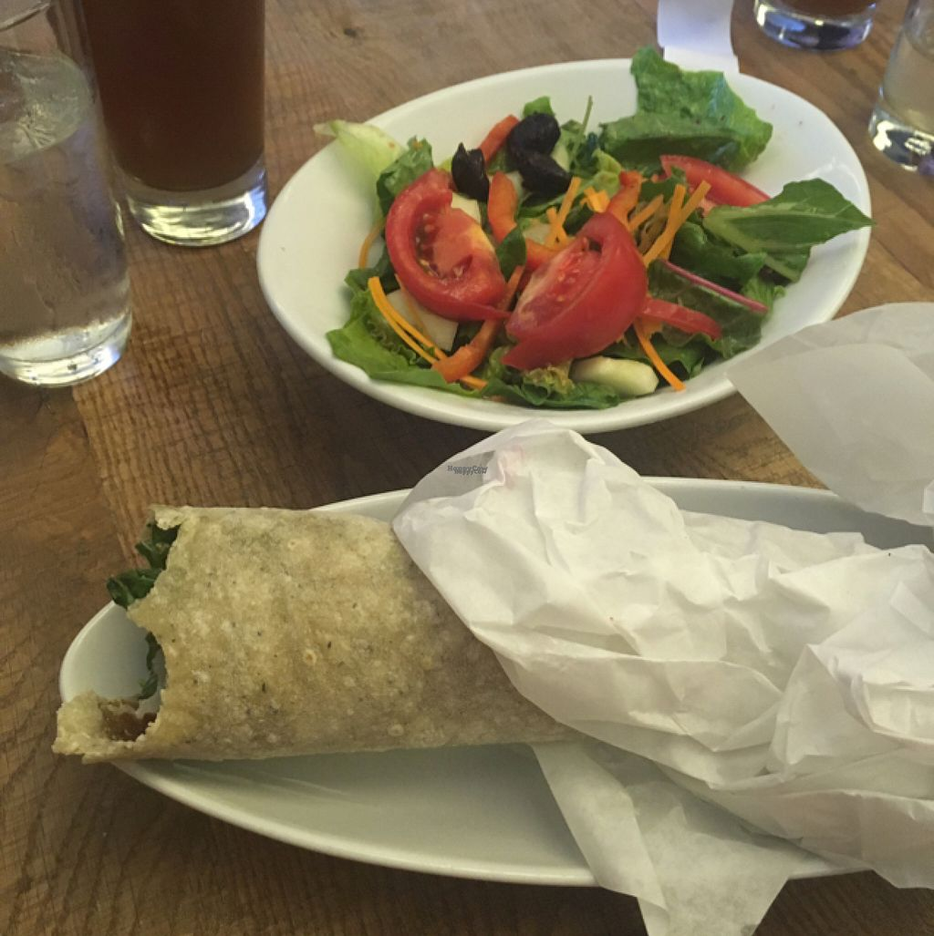 """Photo of B52 Cafe  by <a href=""""/members/profile/Mariarosekicks"""">Mariarosekicks</a> <br/>seitan shawarma  <br/> August 14, 2016  - <a href='/contact/abuse/image/69126/168457'>Report</a>"""