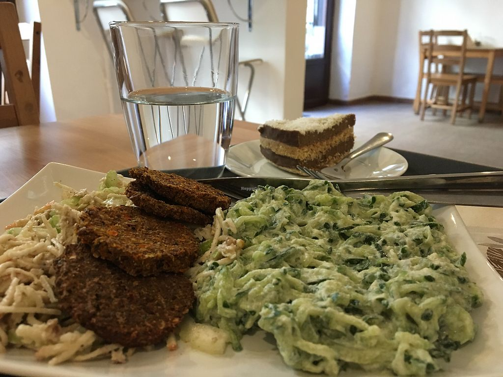 """Photo of Veggie Nyers  by <a href=""""/members/profile/tcsengusz"""">tcsengusz</a> <br/>Raw lunch menu <br/> September 12, 2017  - <a href='/contact/abuse/image/69131/303715'>Report</a>"""