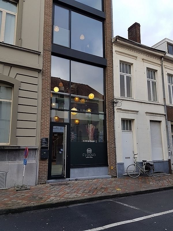 """Photo of Flooh's  by <a href=""""/members/profile/TrudiBruges"""">TrudiBruges</a> <br/>front of Flooh's <br/> February 8, 2018  - <a href='/contact/abuse/image/69178/356513'>Report</a>"""