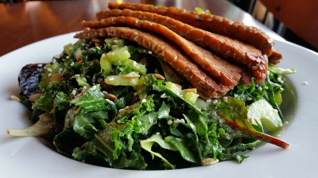 """Photo of CLOSED: Reverie Cafe and Bar  by <a href=""""/members/profile/EverydayTastiness"""">EverydayTastiness</a> <br/>big green salad <br/> February 6, 2016  - <a href='/contact/abuse/image/69266/135262'>Report</a>"""