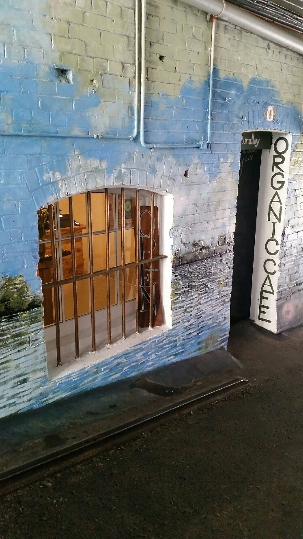 "Photo of CLOSED: Naturalley Organic Cafe  by <a href=""/members/profile/AndyTheVWDude"">AndyTheVWDude</a> <br/>Cafe entrance down the alley <br/> November 9, 2016  - <a href='/contact/abuse/image/69280/187606'>Report</a>"
