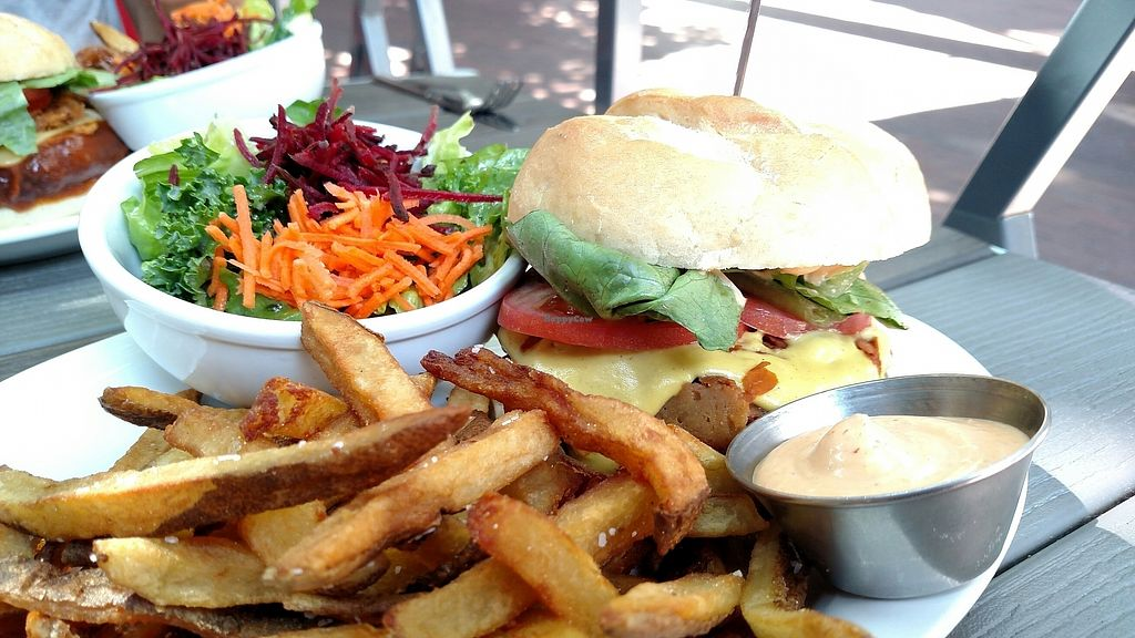 "Photo of MeeT in Gastown  by <a href=""/members/profile/MrsBAJ"">MrsBAJ</a> <br/>Double Double Burger <br/> July 16, 2017  - <a href='/contact/abuse/image/69316/281184'>Report</a>"