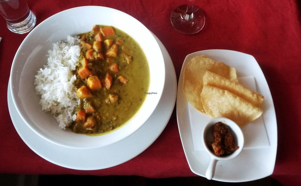 """Photo of The Elphinstone Hotel  by <a href=""""/members/profile/chocoholicPhilosophe"""">chocoholicPhilosophe</a> <br/>Lentil and sweet potato curry <br/> February 9, 2016  - <a href='/contact/abuse/image/69329/135538'>Report</a>"""