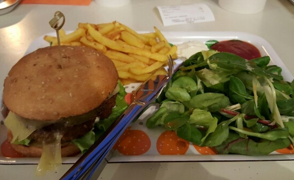 """Photo of Holigans  by <a href=""""/members/profile/Baldwin471"""">Baldwin471</a> <br/>Seitan burger with fries made vegan :) <br/> February 13, 2016  - <a href='/contact/abuse/image/69372/238563'>Report</a>"""