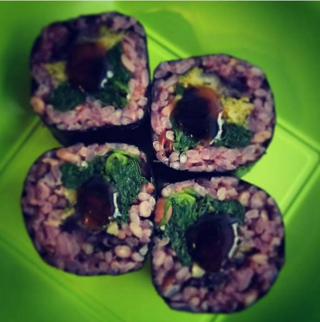 """Photo of Fuzion  by <a href=""""/members/profile/community"""">community</a> <br/>vegan roll  <br/> February 16, 2016  - <a href='/contact/abuse/image/69454/136538'>Report</a>"""