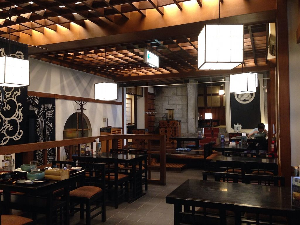"""Photo of Yabuhan  by <a href=""""/members/profile/JeppoMAX"""">JeppoMAX</a> <br/>Restaurant interior <br/> July 22, 2017  - <a href='/contact/abuse/image/69547/283175'>Report</a>"""