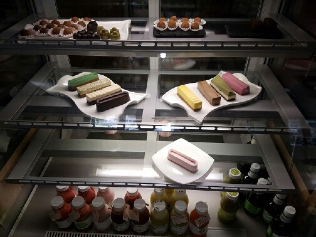 """Photo of BIOrganic Raw Cafe  by <a href=""""/members/profile/kenvegan"""">kenvegan</a> <br/>sweets and drinks <br/> May 18, 2016  - <a href='/contact/abuse/image/69552/149580'>Report</a>"""