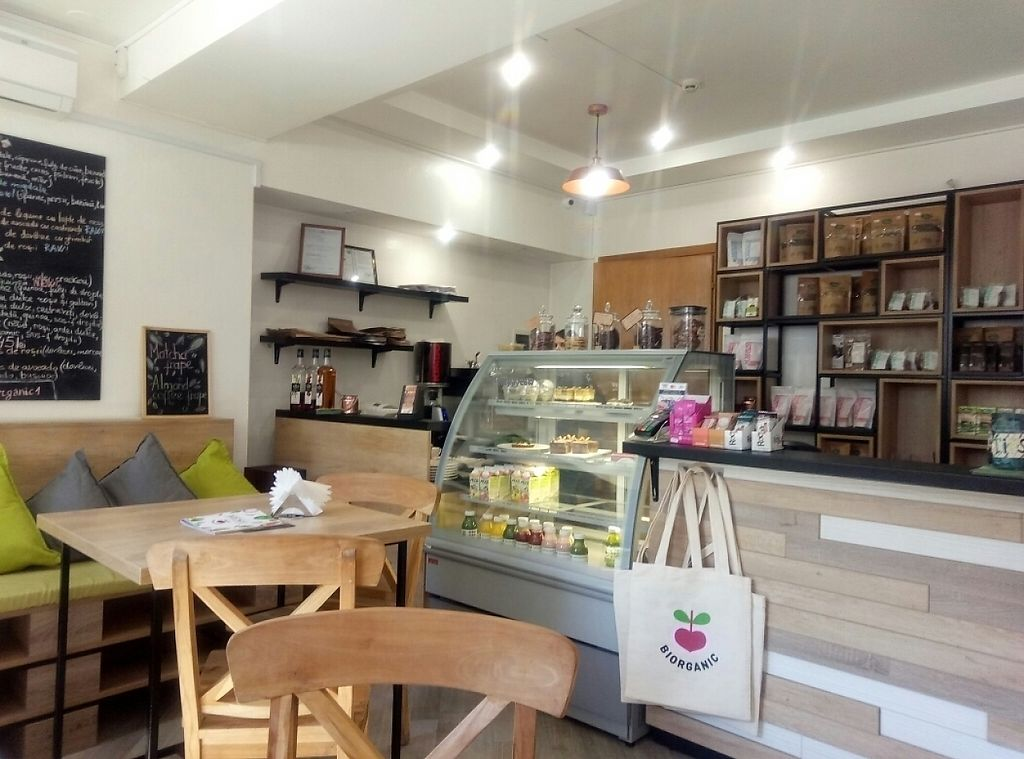 """Photo of BIOrganic Raw Cafe  by <a href=""""/members/profile/constantinfurtuna"""">constantinfurtuna</a> <br/>Inside view <br/> April 10, 2017  - <a href='/contact/abuse/image/69552/246645'>Report</a>"""