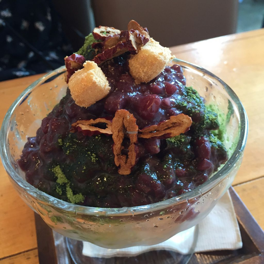 """Photo of Kong's Burger - Gaya-daero  by <a href=""""/members/profile/NikolineJuul"""">NikolineJuul</a> <br/>Patbingsoo <br/> August 22, 2016  - <a href='/contact/abuse/image/69587/170742'>Report</a>"""