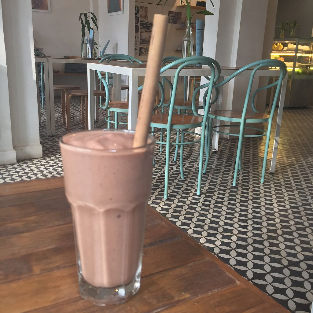 """Photo of ARTillery  by <a href=""""/members/profile/ambermarie"""">ambermarie</a> <br/>Iced chocolate smoothie  <br/> April 7, 2018  - <a href='/contact/abuse/image/69630/381886'>Report</a>"""