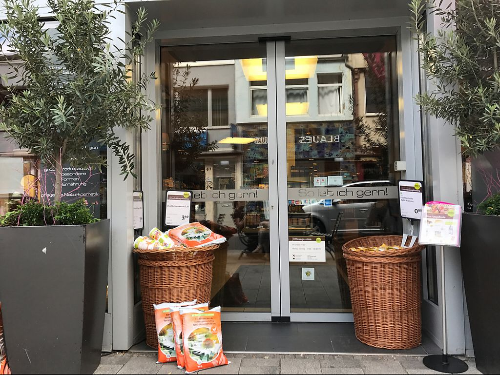 """Photo of denn's Biomarkt - Severinstrasse  by <a href=""""/members/profile/marky_mark"""">marky_mark</a> <br/>store front <br/> May 30, 2017  - <a href='/contact/abuse/image/69649/264171'>Report</a>"""
