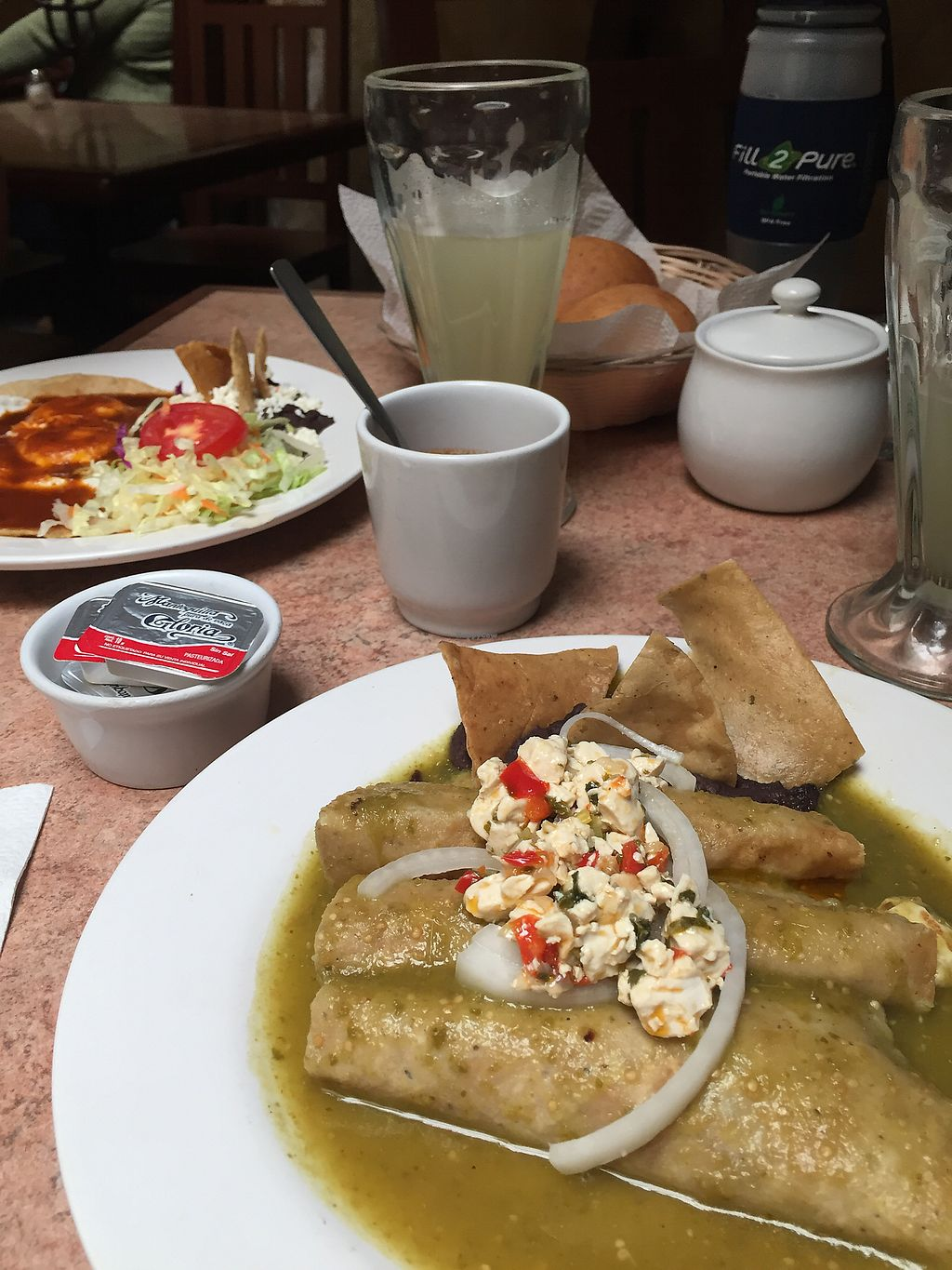 """Photo of La Zanahoria - Centro  by <a href=""""/members/profile/meislnicoline"""">meislnicoline</a> <br/>Vegetarian in the back, vegan option in the front <br/> May 2, 2018  - <a href='/contact/abuse/image/6973/393801'>Report</a>"""