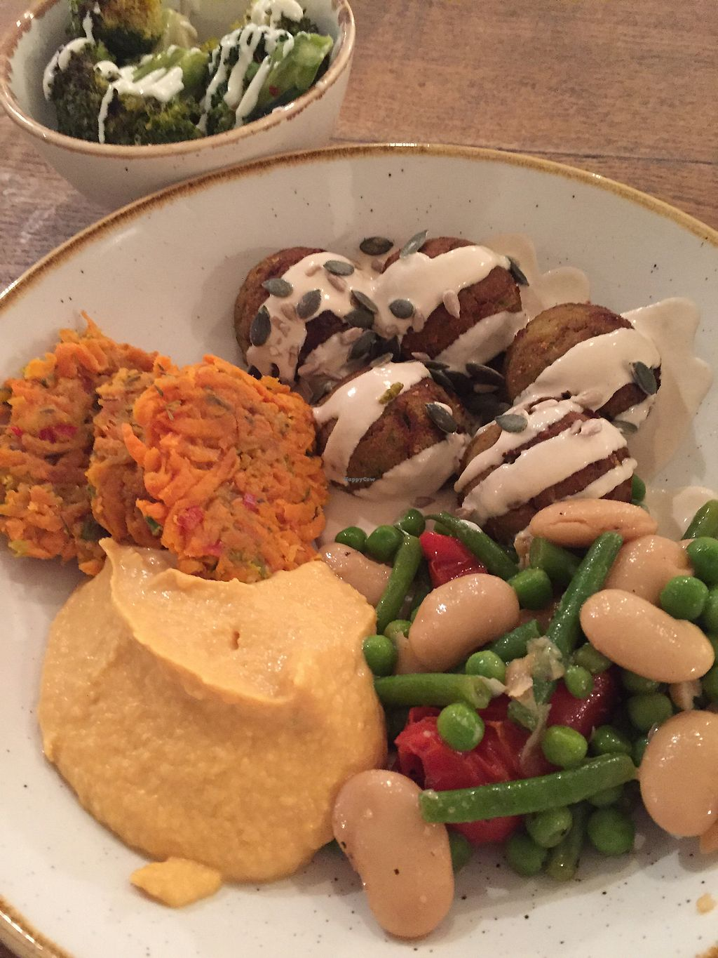 "Photo of CLOSED: Deliciously Ella - Seymour  by <a href=""/members/profile/SiljeKristiansen"">SiljeKristiansen</a> <br/>Free compiled meal from the buffet <br/> September 27, 2017  - <a href='/contact/abuse/image/69750/309027'>Report</a>"