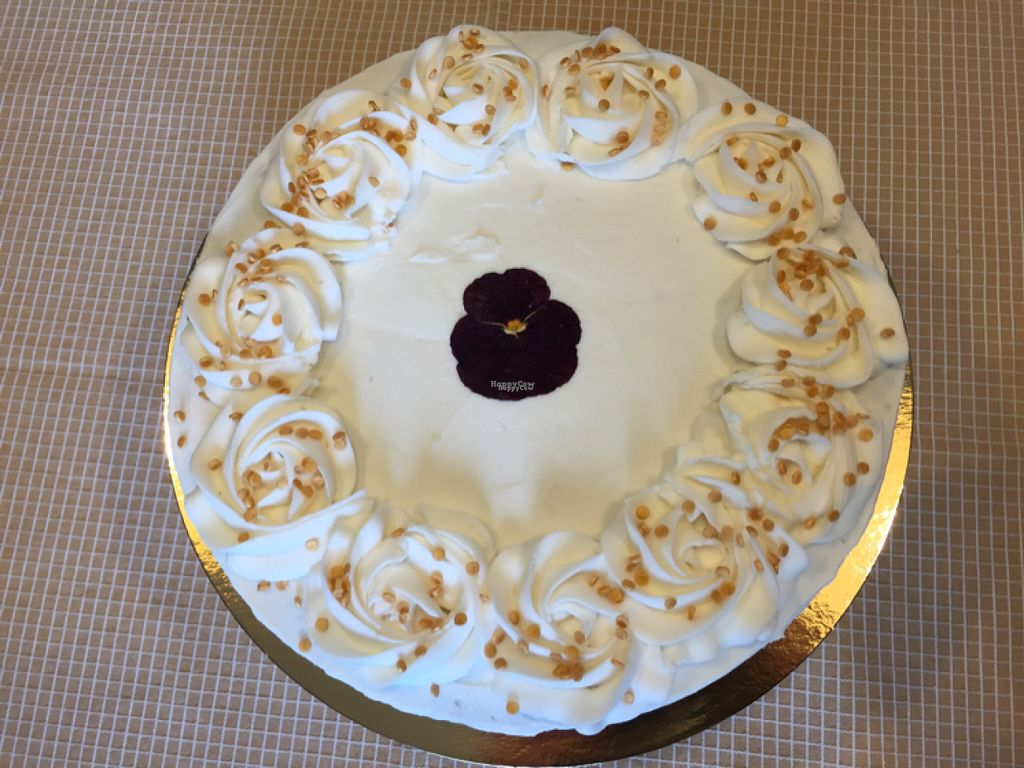"""Photo of CLOSED: Flockfoods  by <a href=""""/members/profile/BrendaPoes"""">BrendaPoes</a> <br/>red velvet cake <br/> August 7, 2016  - <a href='/contact/abuse/image/69817/166686'>Report</a>"""