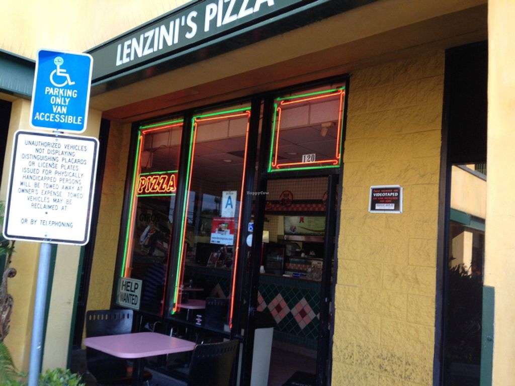 "Photo of Lenzini's Pizza   by <a href=""/members/profile/Cathy133"">Cathy133</a> <br/>front <br/> February 20, 2016  - <a href='/contact/abuse/image/69842/137052'>Report</a>"