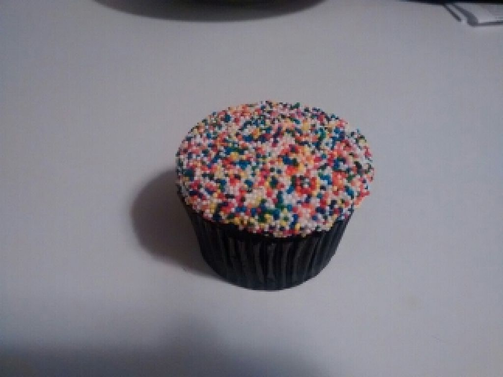 """Photo of Cupcake  by <a href=""""/members/profile/NoUrGoose"""">NoUrGoose</a> <br/>Coney Island Vegan cupcake <br/> February 21, 2016  - <a href='/contact/abuse/image/69874/137183'>Report</a>"""