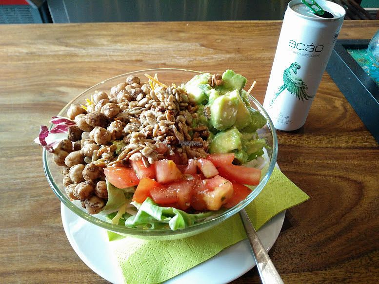 """Photo of Frischfutter  by <a href=""""/members/profile/sunshineMUC"""">sunshineMUC</a> <br/>Wellness Bowl - Frischfutter <br/> September 30, 2016  - <a href='/contact/abuse/image/69902/178764'>Report</a>"""