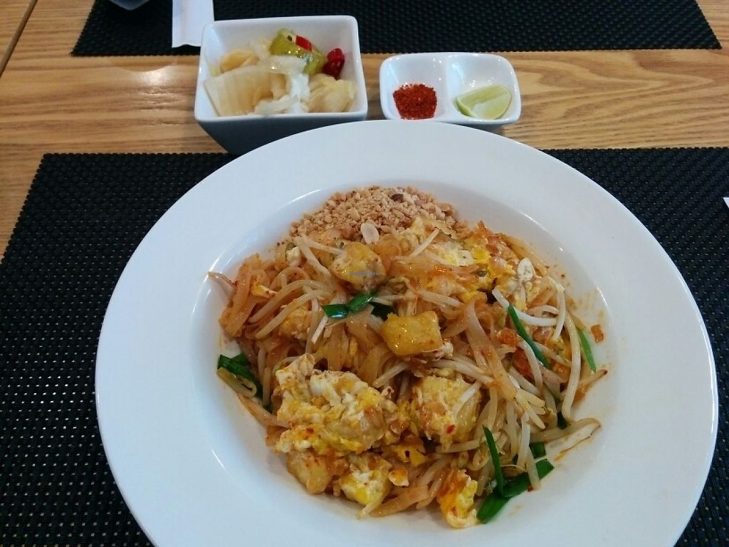 """Photo of Yummy Thai - 야미타이  by <a href=""""/members/profile/murps"""">murps</a> <br/>vegetarian pad Thai with pickled cabbage and chili powder and lime to add  <br/> May 17, 2017  - <a href='/contact/abuse/image/70037/259468'>Report</a>"""