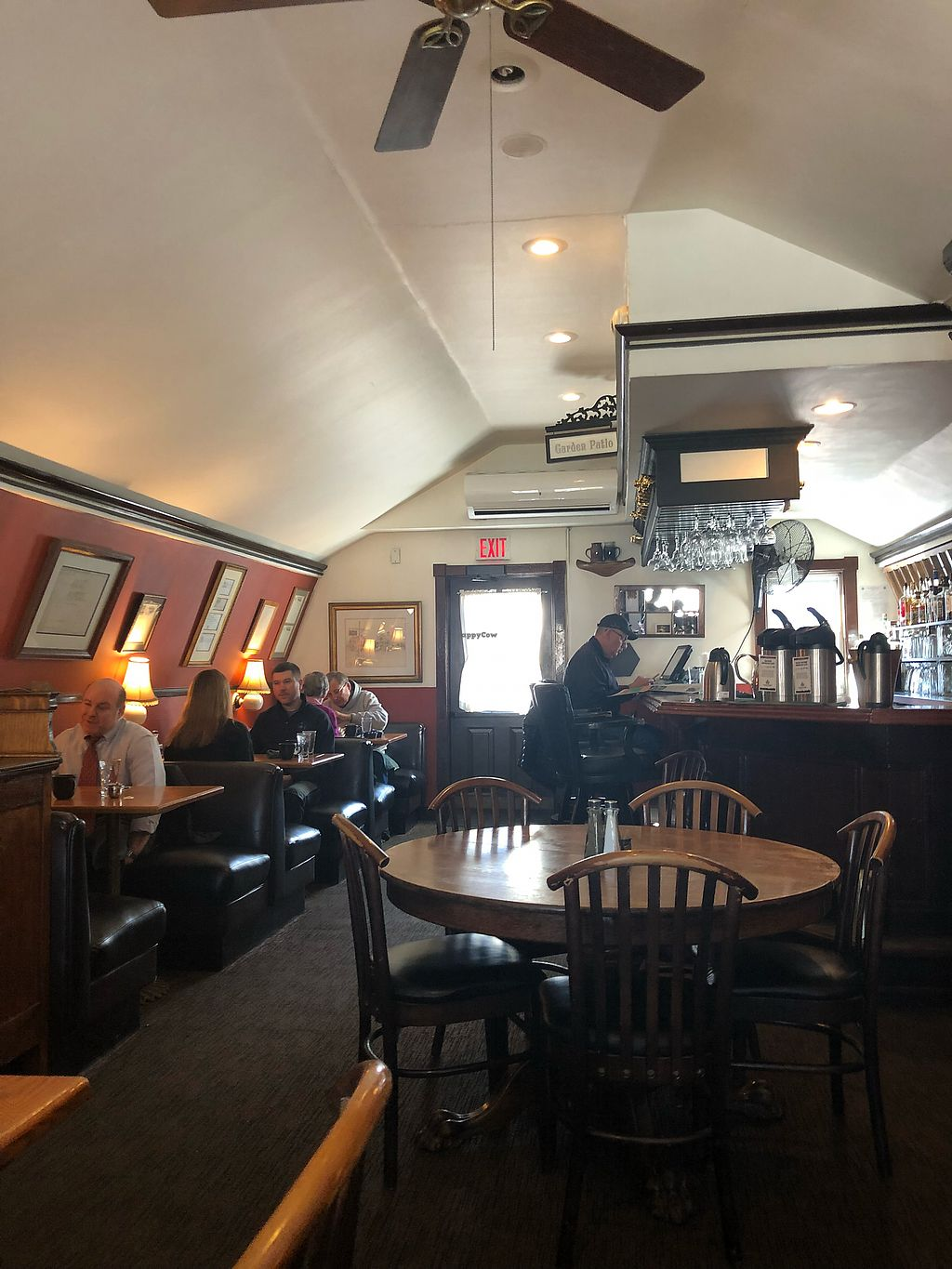 """Photo of Bayside American Cafe  by <a href=""""/members/profile/EmilyR"""">EmilyR</a> <br/>Upstairs  <br/> April 12, 2018  - <a href='/contact/abuse/image/70062/384734'>Report</a>"""