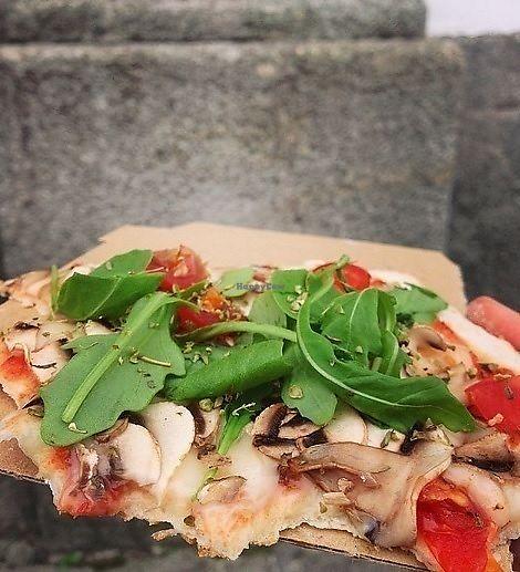 "Photo of Hand Go  by <a href=""/members/profile/MarinaGalv%C3%A3o"">MarinaGalvão</a> <br/>Vegan Pizza ( vegan cheese, mashrooms, arugula, oregano, tomato)  <br/> November 4, 2017  - <a href='/contact/abuse/image/70072/321776'>Report</a>"