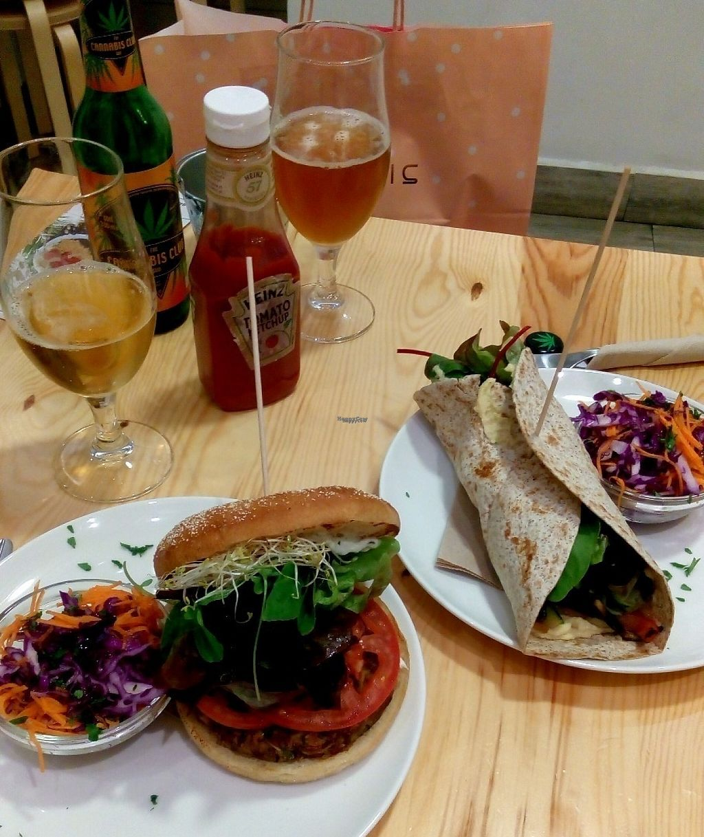 "Photo of Almalibre Acai Bar  by <a href=""/members/profile/Balanced%20eating"">Balanced eating</a> <br/>Vegan red rice and tempeh burger with sojanese & vegan hummus wrap with grilled veggies <br/> December 24, 2016  - <a href='/contact/abuse/image/70240/204445'>Report</a>"