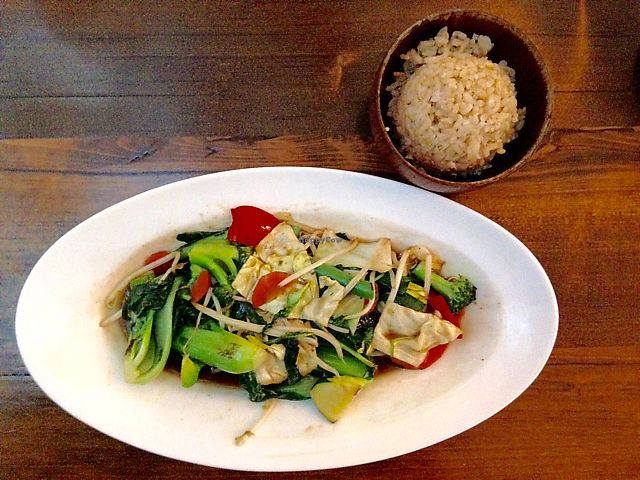 """Photo of Mango on Main  by <a href=""""/members/profile/rawplaylove"""">rawplaylove</a> <br/>Green Veggie Stir Fry  <br/> June 24, 2017  - <a href='/contact/abuse/image/70359/273001'>Report</a>"""