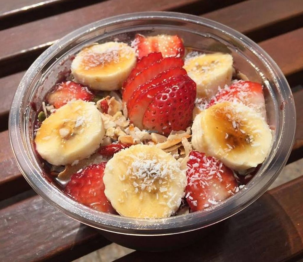 """Photo of Bom Dia Bowls Acai Bar  by <a href=""""/members/profile/kimboslice"""">kimboslice</a> <br/>Acai Bowl <br/> October 30, 2016  - <a href='/contact/abuse/image/70431/255663'>Report</a>"""