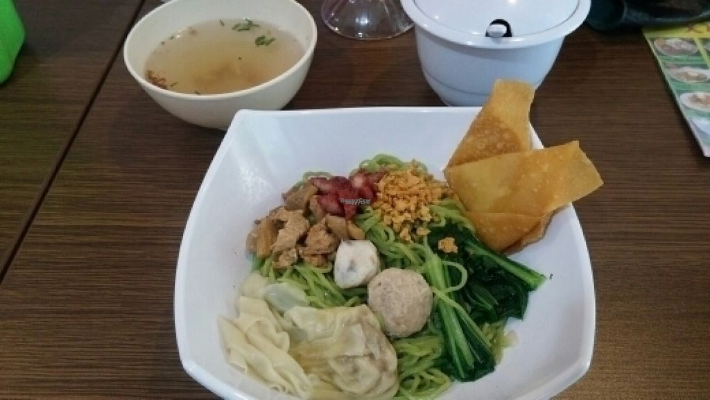 "Photo of Xing Fu Vegetarian Cafe  by <a href=""/members/profile/Kaiyun"">Kaiyun</a> <br/>mi yam special <br/> August 9, 2016  - <a href='/contact/abuse/image/70468/167120'>Report</a>"