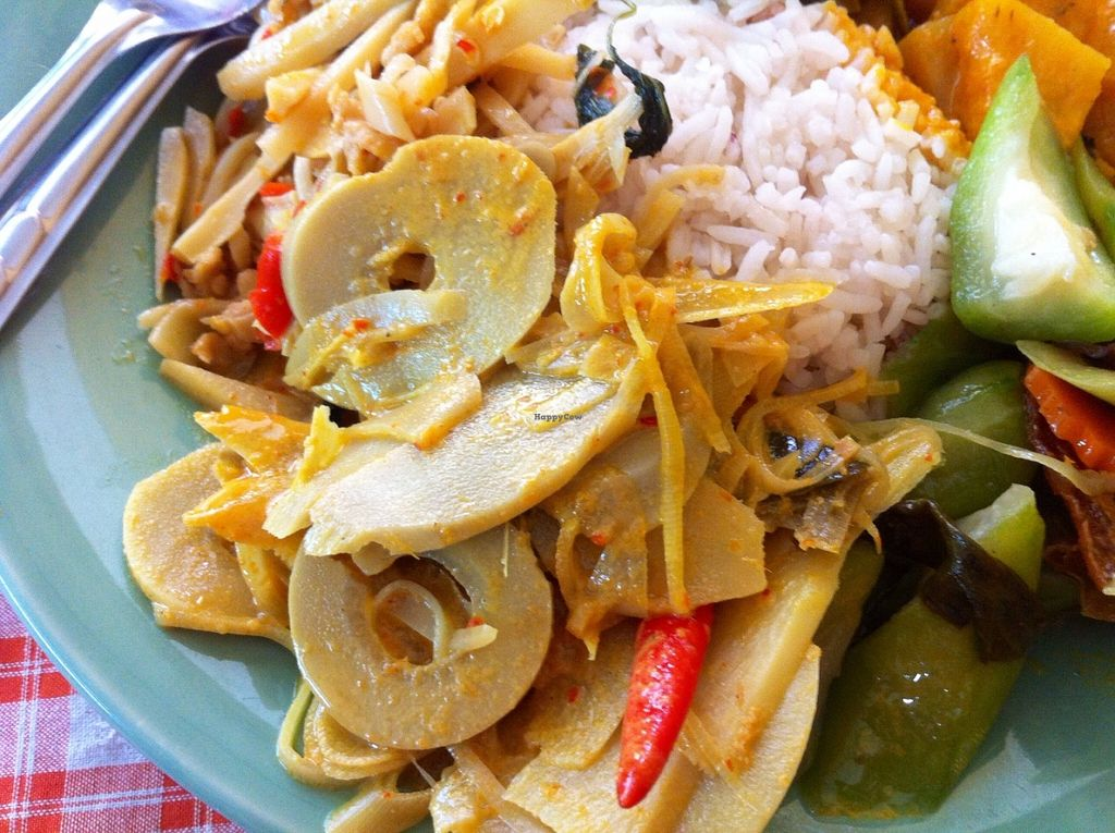 """Photo of Hongming Vegetarian Food  by <a href=""""/members/profile/TrudiH"""">TrudiH</a> <br/>Divine vegan Thai dishes  <br/> June 19, 2016  - <a href='/contact/abuse/image/70471/154770'>Report</a>"""