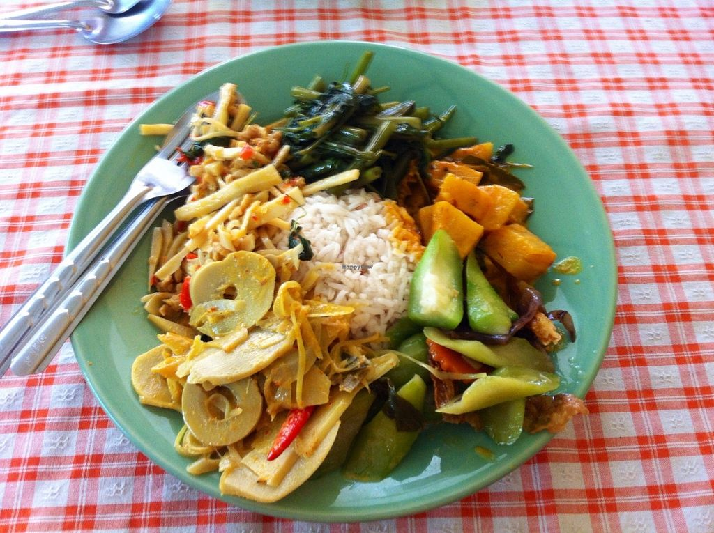 """Photo of Hongming Vegetarian Food  by <a href=""""/members/profile/TrudiH"""">TrudiH</a> <br/>Vegan buffet for less than £3! <br/> June 19, 2016  - <a href='/contact/abuse/image/70471/154771'>Report</a>"""