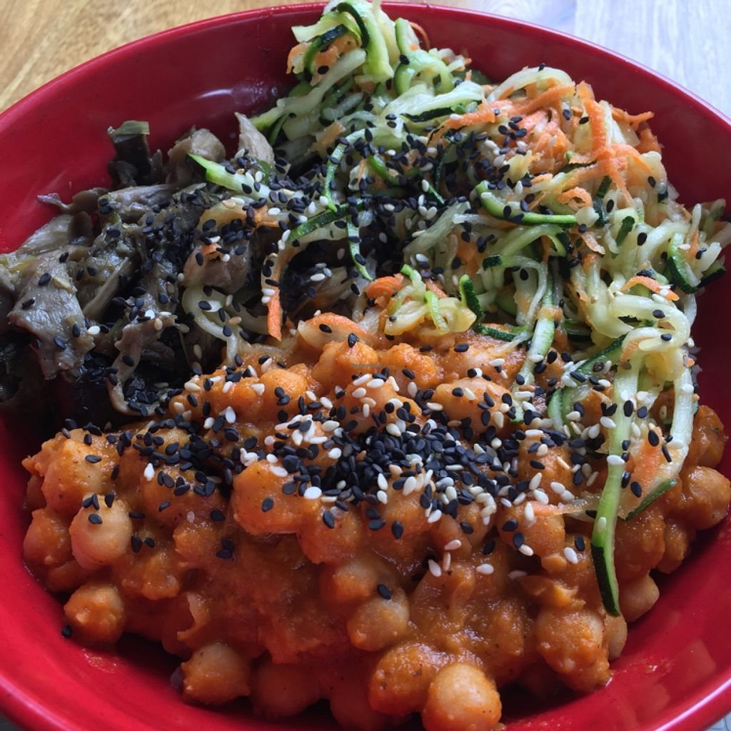"""Photo of CLOSED: The Pot - Calle 90  by <a href=""""/members/profile/chiumonster"""">chiumonster</a> <br/>Chana Masala, mushrooms, zucchini, sesame seeds on brown rice! <br/> May 18, 2016  - <a href='/contact/abuse/image/70508/149728'>Report</a>"""