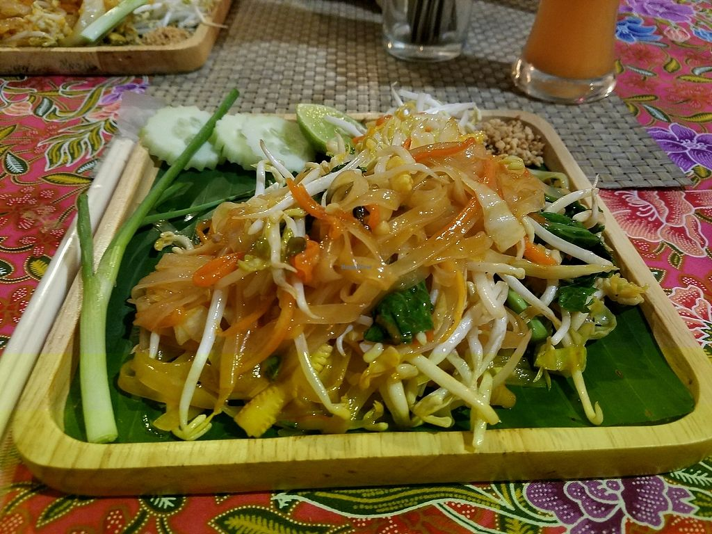 """Photo of Prava Bar  by <a href=""""/members/profile/EverydayTastiness"""">EverydayTastiness</a> <br/>vegan pad thai <br/> December 24, 2017  - <a href='/contact/abuse/image/70530/338631'>Report</a>"""