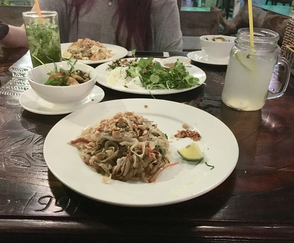 "Photo of Am Vegetarian  by <a href=""/members/profile/CamilaSilvaL"">CamilaSilvaL</a> <br/>Pad thai <br/> January 27, 2018  - <a href='/contact/abuse/image/70533/351434'>Report</a>"