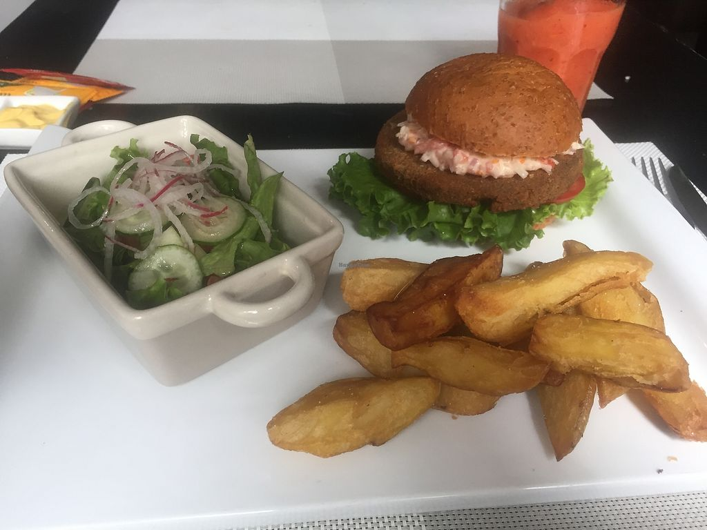 """Photo of Seitan Urban Bistro  by <a href=""""/members/profile/joegelay"""">joegelay</a> <br/>Seitan burger with slaw, REALLY GOOD crispy fresh cut fries <br/> December 31, 2017  - <a href='/contact/abuse/image/70536/341461'>Report</a>"""