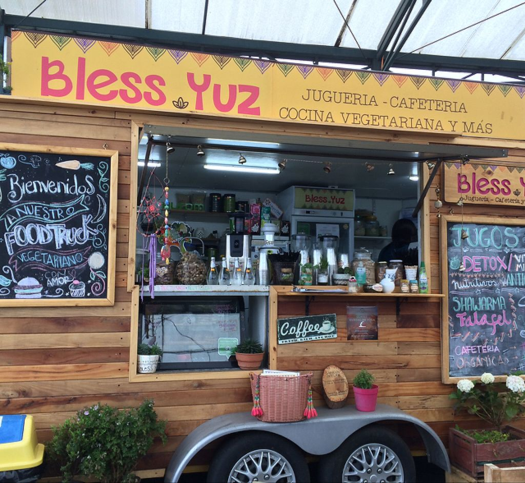 """Photo of Bless Yuz - Food Trailer  by <a href=""""/members/profile/NayKelly"""">NayKelly</a> <br/>Bless Yuz Food Cart <br/> December 21, 2016  - <a href='/contact/abuse/image/70553/203327'>Report</a>"""