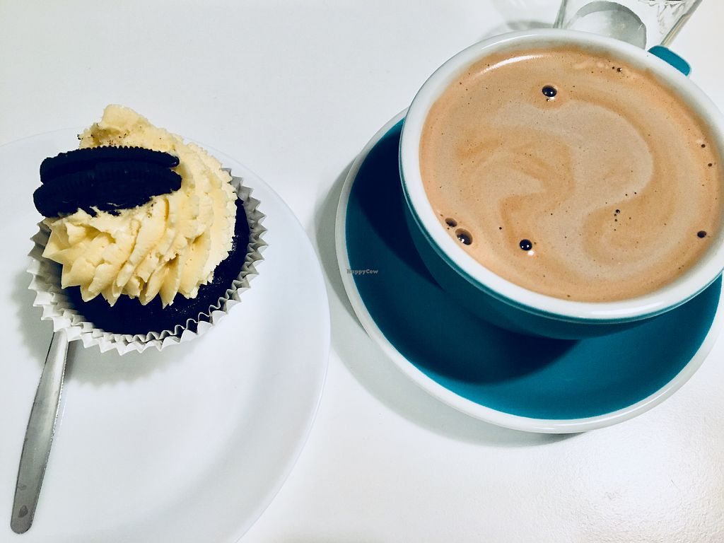 "Photo of Sweet Life  by <a href=""/members/profile/stridaay"">stridaay</a> <br/>Oreo Cupcake and coconut hot chocolate <br/> February 8, 2018  - <a href='/contact/abuse/image/70554/356436'>Report</a>"