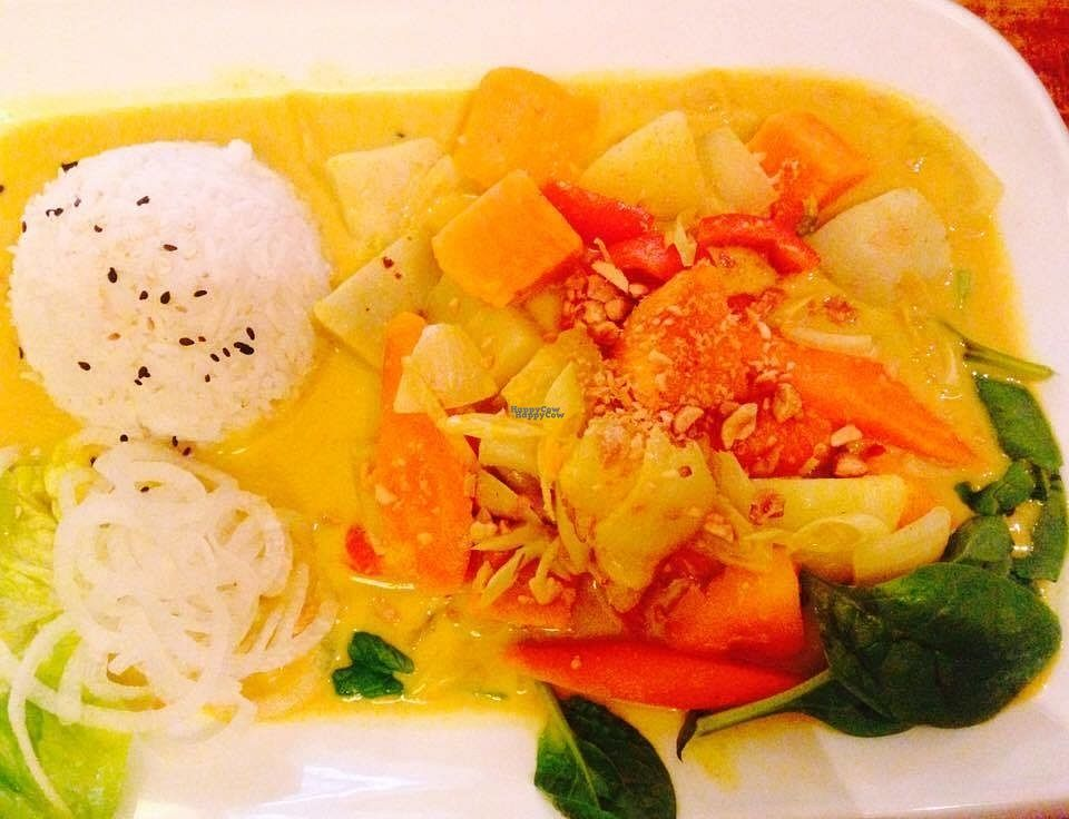 """Photo of Zen House  by <a href=""""/members/profile/Kyttiara"""">Kyttiara</a> <br/>Gold curry with pumpkin and potatoes  <br/> October 11, 2016  - <a href='/contact/abuse/image/70605/181469'>Report</a>"""