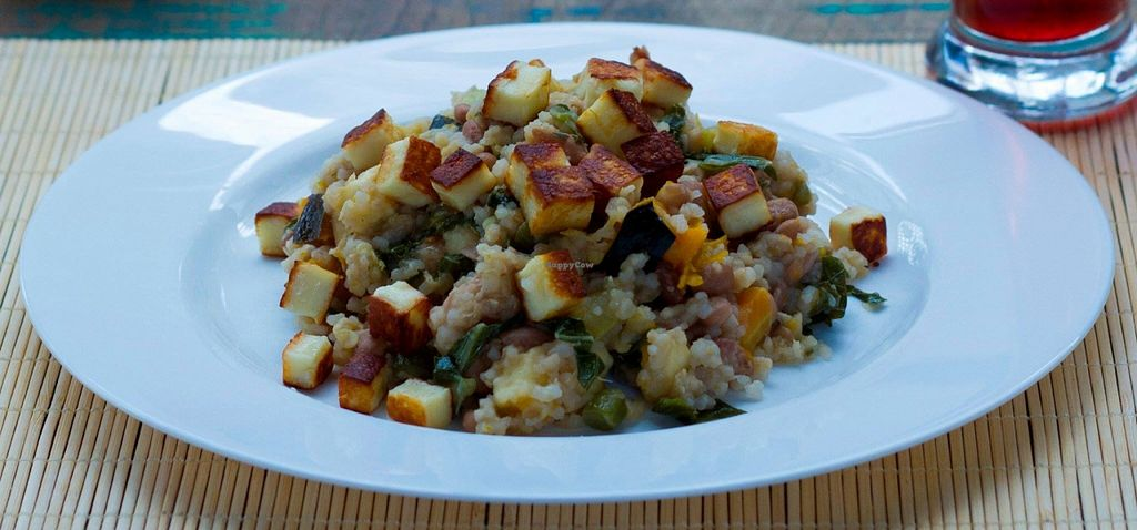 """Photo of Ellizabeth Culinaria Saudavel  by <a href=""""/members/profile/community"""">community</a> <br/>couscous salad  <br/> March 28, 2016  - <a href='/contact/abuse/image/70626/141683'>Report</a>"""